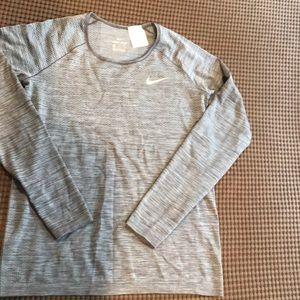 Nike DribFit long sleeve work out shirt